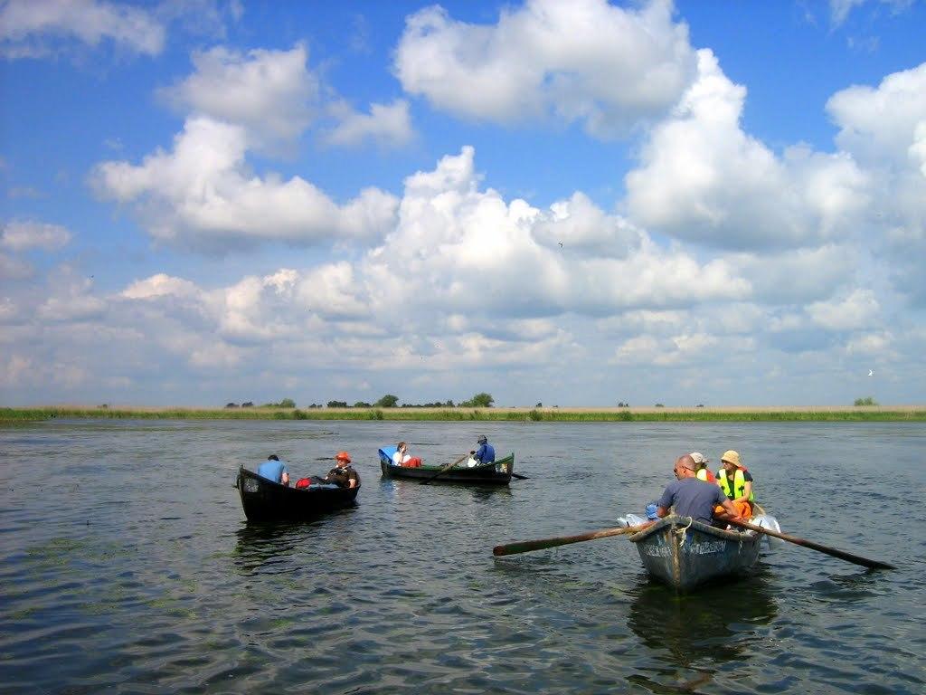 pescuit la biban pe lacul babina