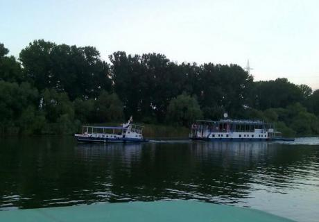 Turul Deltei Dunarii croziera pe Dunare si Delta cu hotel plutitor