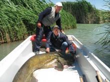 pescuit la somn pe canale in delta